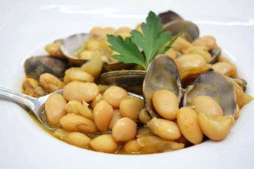Cocinar Fabes Con Almejas | Fabes Con Almejas Tierra Y Mar