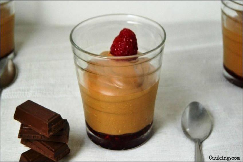 Mousse de chocolate con frutos rojos