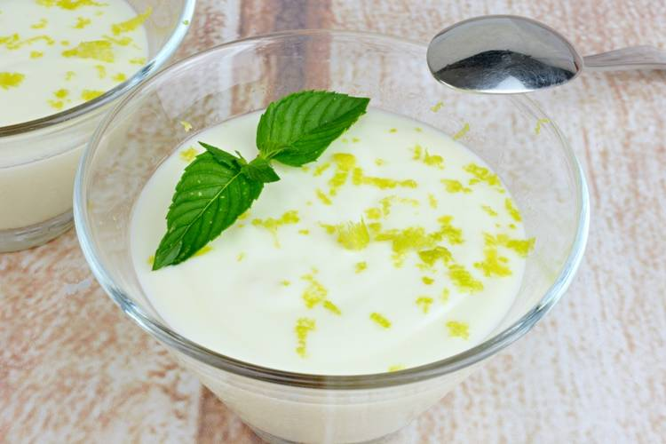Mousse de limón muy fácil