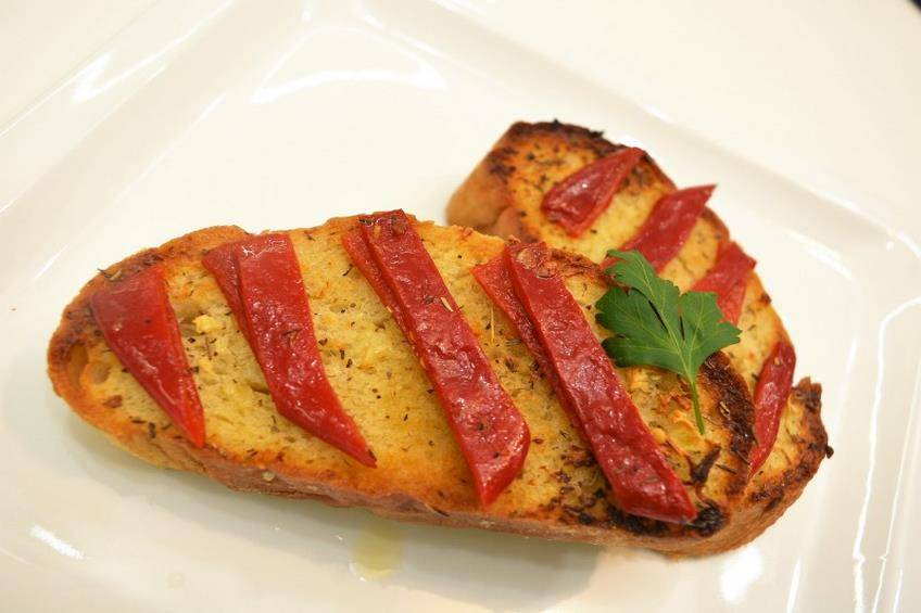 Pan de ajo a la Provenzal