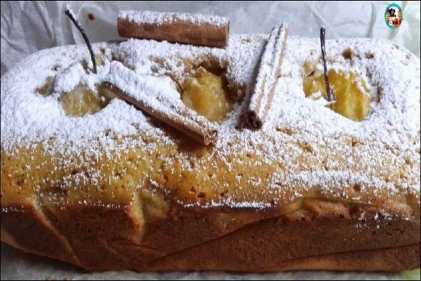 Plum cake de manzana