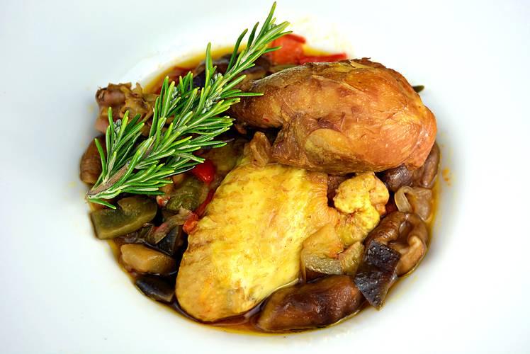 Receta de pollo a la cazadora, receta tradicional