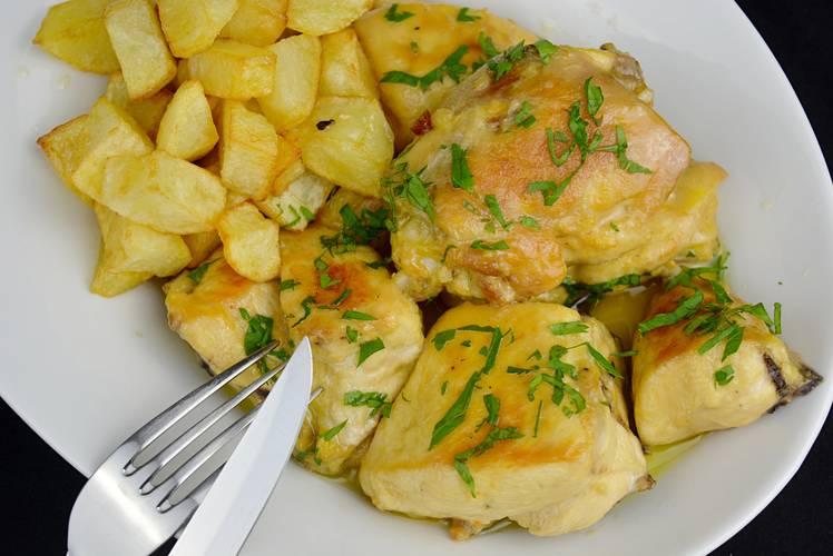 Trucos para hacer la mejor receta de pollo al ajillo