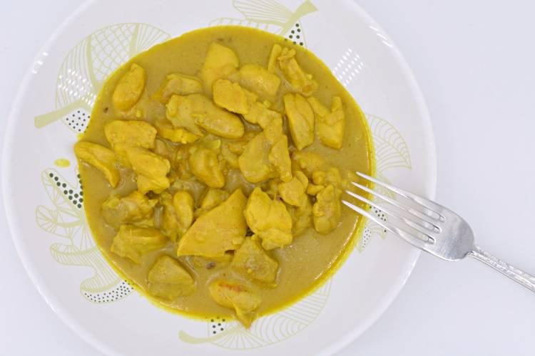 Receta de pollo al curry con leche de coco