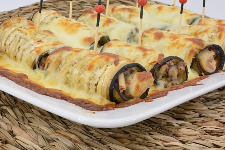 Rollitos de berenjena con setas y jamón gratinados