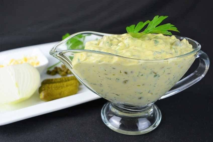 Salsa tártara casera muy fácil y rápida