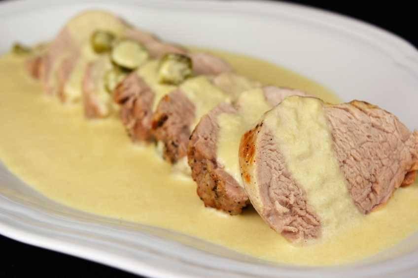 Solomillo de cerdo con salsa Strogonoff