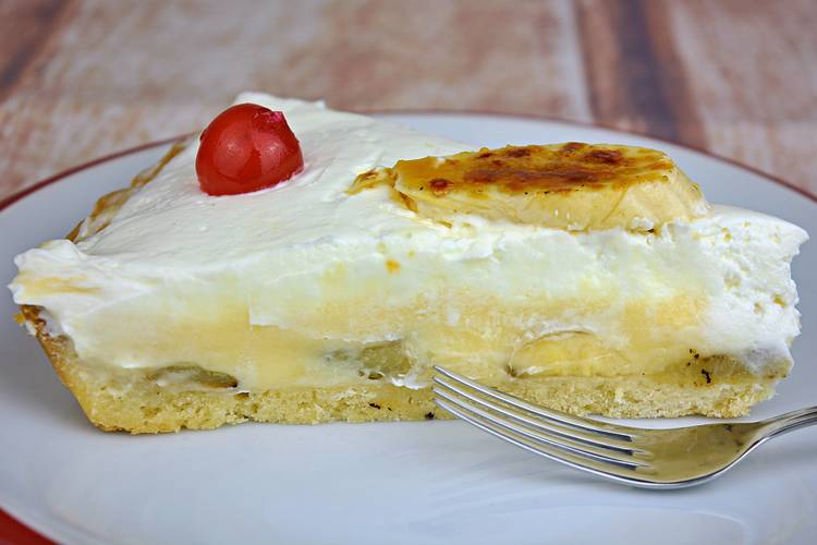 Tarta de plátano con crema de queso