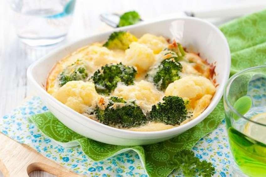 brocoli-y-coliflor-gratinados-con-queso.jpg