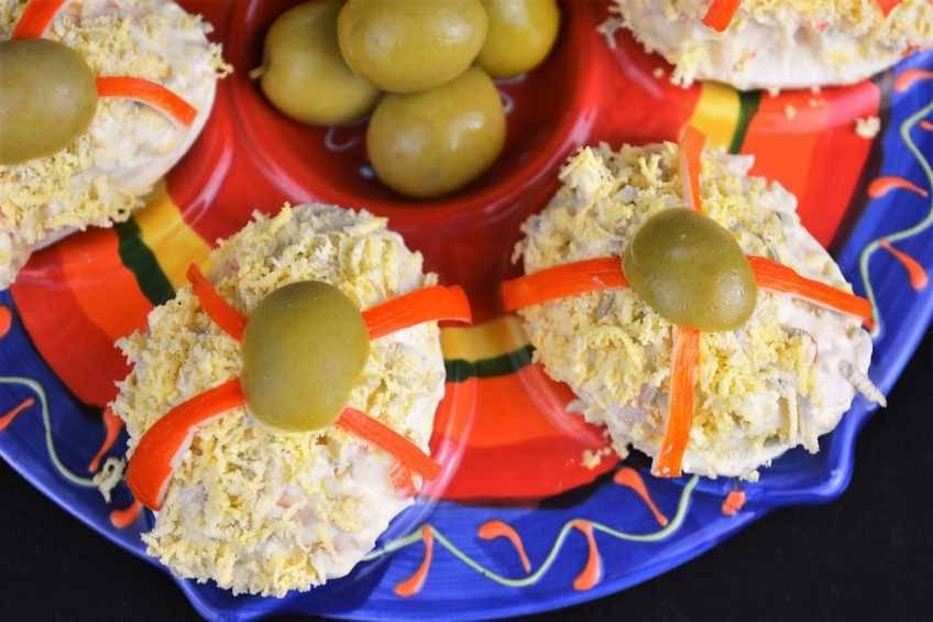 huevos-rellenos-de-marisco.jpg