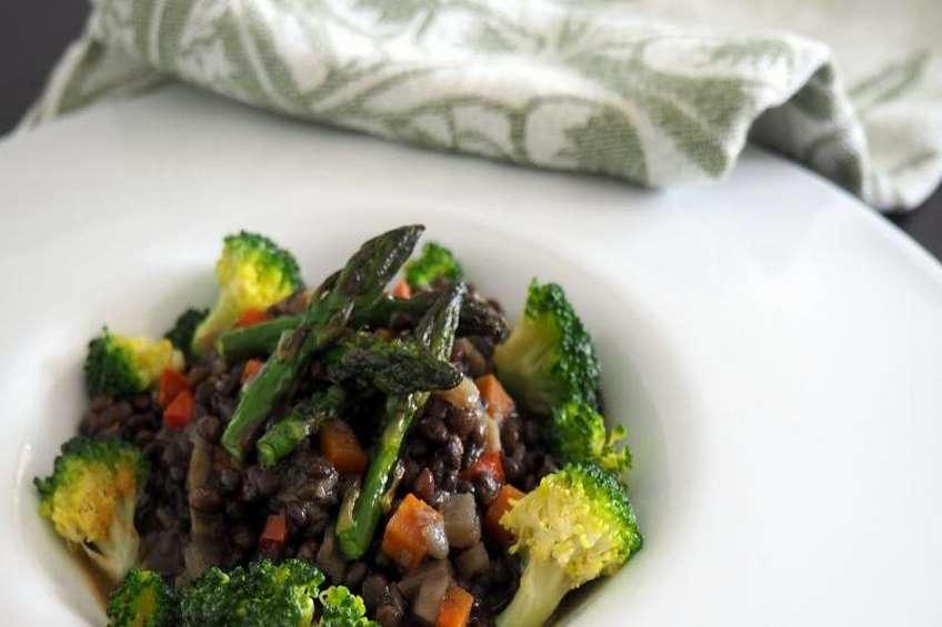 lentejas-caviar-brocoli-esparragos-persucarhipa.jpg
